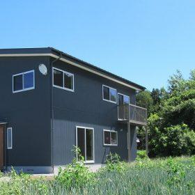 シンプル&収納充実の家