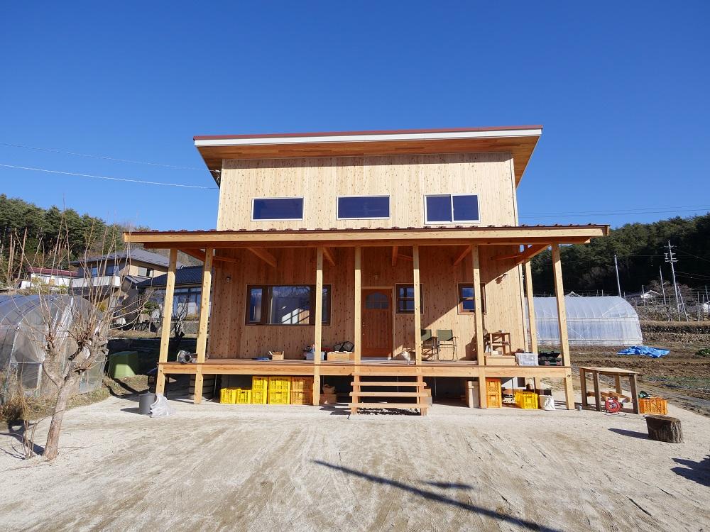 自然素材と薪ストーブの家