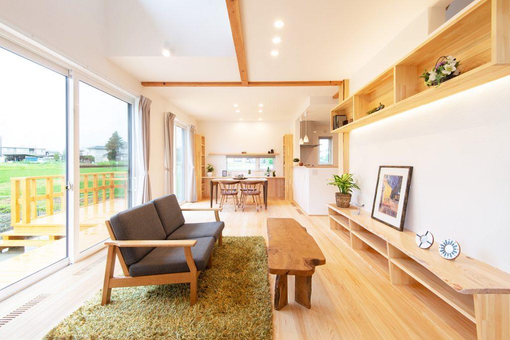 設計士が選んだ「木曽ひのきと漆喰でつくる自然素材の家」
